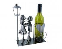Ples pod svjetiljkom - stalak za bocu vina
