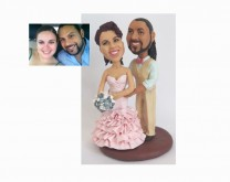 Personalizirana figurica mladenaca za tortu