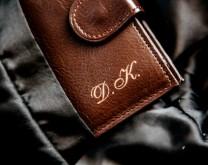 Kupi Mi - muški novčanik s vašim inicijalima