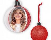 Crvena božićna kuglica s tvojom slikom