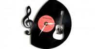 Raspjevani sat - Zidni sat napravljen od gramofonske ploče