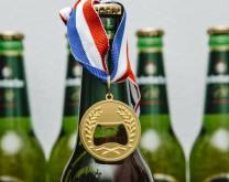 Zlatna medalja - otvarač za pivo