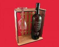 Moj personalizirani stalak za vino s 1 čašom + boca