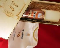 Personalizirana svijeća i košuljica u drvenoj kutiji